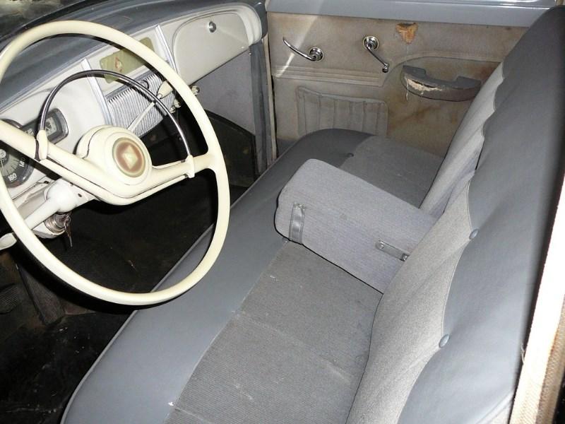 Renault Frégate 1955 oldtimer'z Domdej_o_18u1979lk1h1idd218fk1okg1uhq11