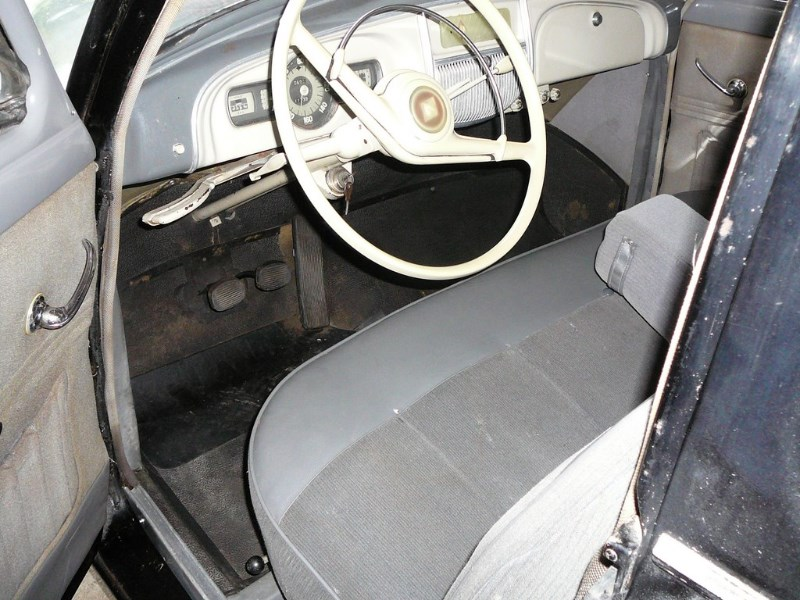 Renault Frégate 1955 oldtimer'z Domdej_o_18u1979lkh2b1s5c1ro6h4nbfdr