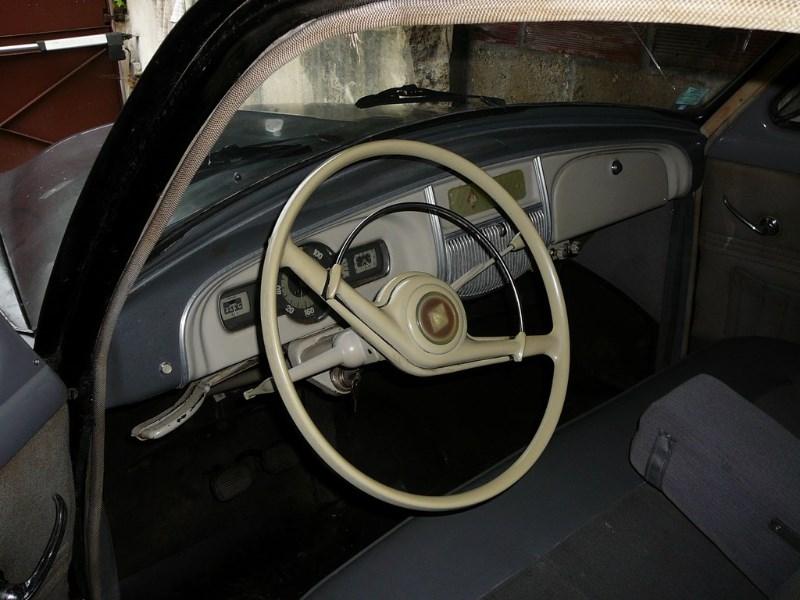 Renault Frégate 1955 oldtimer'z Domdej_o_18u1979lkrhrpd1tbes61e4612