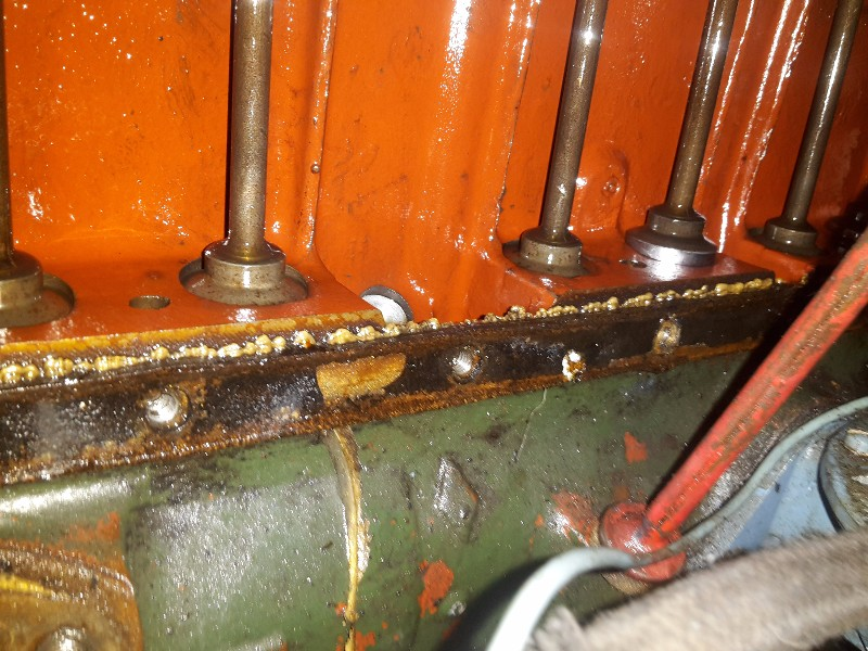 Circuit d'huile moteur Romain5708_o_1a9vohdos1dn85l11sbv1ipoaneh