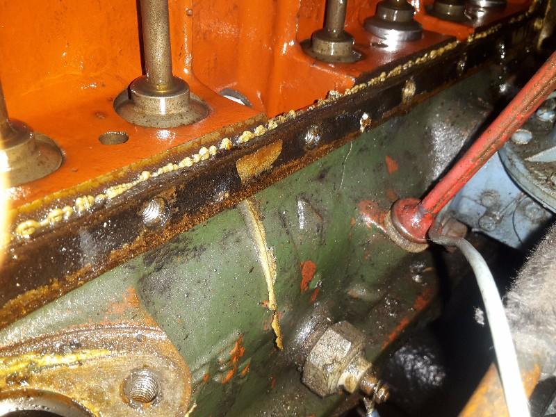 Circuit d'huile moteur Romain5708_o_1a9vohdos1fhc4951c1n3675vti